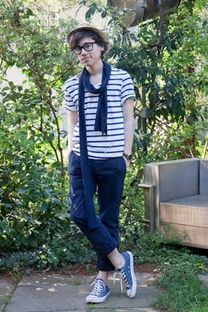 white striped H&amp;M t-shirt - blue Converse shoes - brown straw asos hat