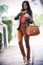 pieces socks - Zara jacket - Burberry sweater - Urbaks scarf - pieces bag