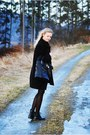 Deichmann-shoes-second-hand-coat-h-m-sweater-leather-deezee-bag