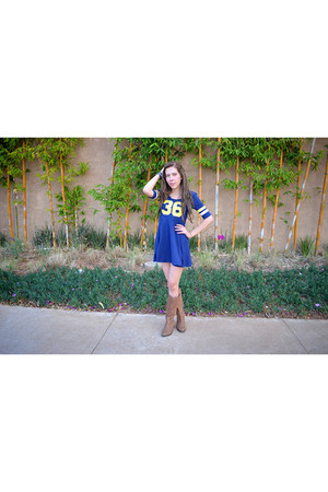 navy varsity H&M dress