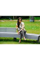 vintage top - Zara shoes - ray-ban sunglasses - Michael Kors watch - g2000 pants