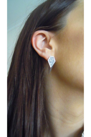 pointy cristals romwe earrings
