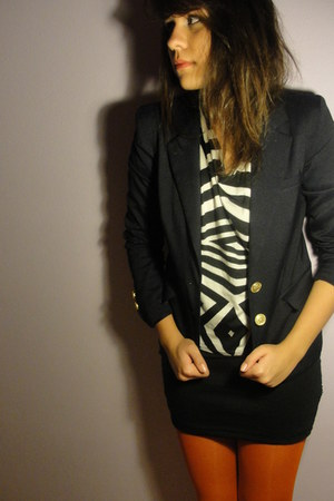 red Calzedonia tights - navy pull&bear blazer - white Zara top - black skirt