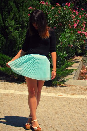 Aeropostale skirt - Zara shoes