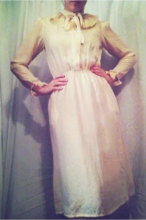 eggshell thrifted vintage dress