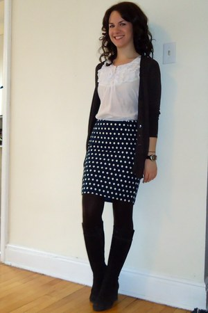 Forever 21 skirt - suede wedge Aldo boots - ruffle front H&M blouse