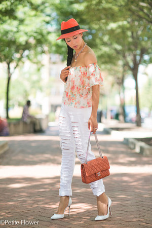 white ripped cotton EachxOther jeans - salmon quilted leather Chanel bag