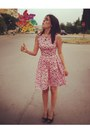 Bubble-gum-cupcakes-vintage-dress-black-stradivarius-heels