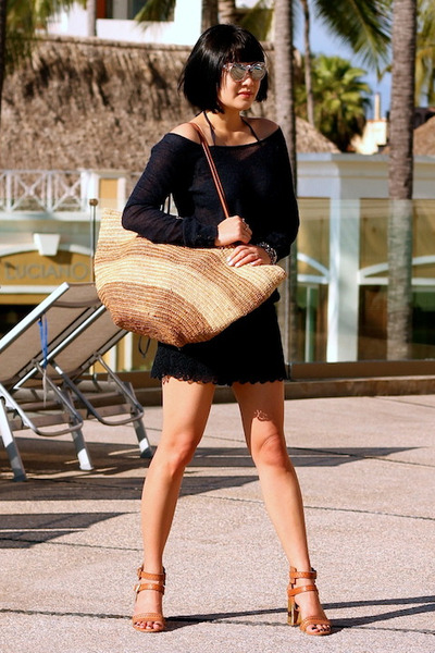 blue Club Monaco sweater - blue Club Monaco shorts - Dolce Vita sandals