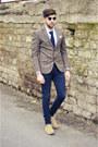 Xagon-man-jeans-williams-blazer-burberry-shirt-brooksfield-tie