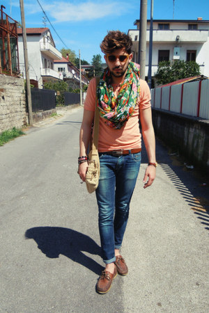 Lumberjack shoes - XAGON MAN jeans - Bershka t-shirt - BRUNO PIATTELLI watch