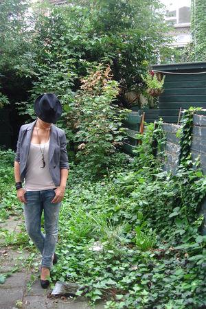 gray Primark blazer - beige H&M top - blue H&M jeans - black new look shoes - bl