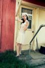 Flapper-lush-dress-target-hat
