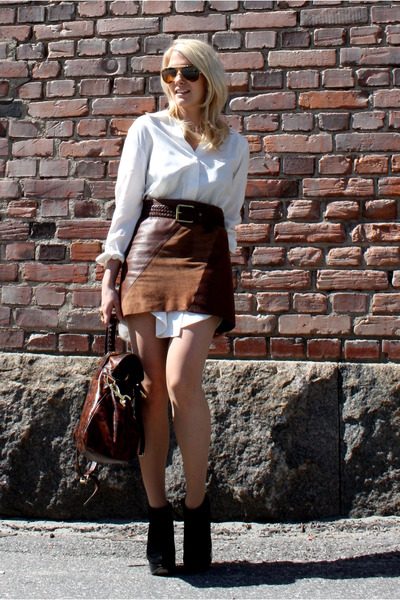 brown 2ndhand skirt - white 2ndhand blouse - brown Mulberry purse - black Topsho