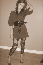 Francois Beauregard dress - Axara belt - Costa Blanca leggings - brown shoes