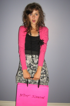 vest - shirt - Jacob necklace - Zara skirt