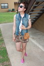 Bubble-gum-keds-shoes-brown-high-waist-random-brand-shorts