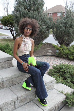chartreuse hm neon green wedges - navy 70s high waist jeans - chartreuse purse