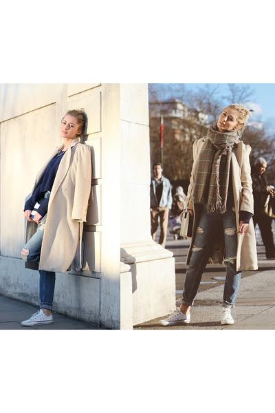 wool vintage coat - denim Zara jeans - Stradivarius sweater - Stradivarius scarf