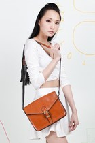 Vintage-inspired Satchel - Tan