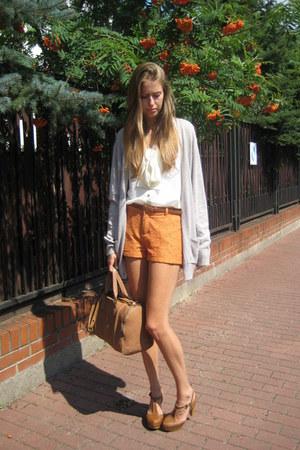 Forever 21 shorts - Topshop cardigan - Stradivarius clogs
