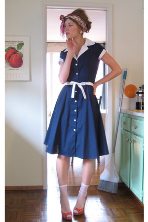blue and white modcloth dress - orange Report wedges