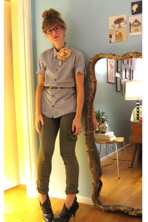 army green Anthropologie pants - heather gray menswear H&M shirt