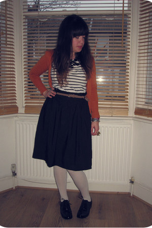 black H&amp;M skirt - black shiny brogues Clarks shoes - off white cotton H&amp;M tights