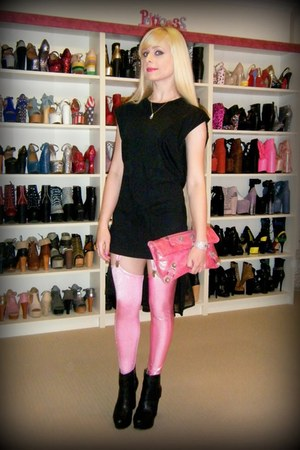 black d6 Finsk boots - bubble gum Black Milk leggings - pink balenciaga bag