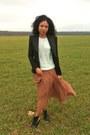 Dco-copenhagen-boots-queens-wardrobe-jacket-zara-sweater-zara-skirt