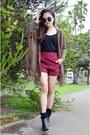 Q2han-shorts-wedges-martofchina-wedges-fringe-cardigan-martofchina-cardigan
