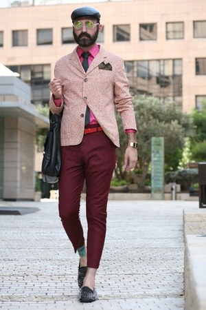 bubble gum Zara shirt - black Zara bag - brick red COS pants - dark green tie