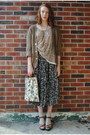 Beige-floral-tapestry-thrifted-bag-green-floral-mazi-thrifted-skirt