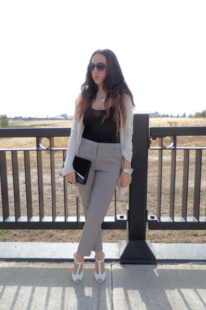 beige H&M cardigan - Target shoes - round black cotton on sunglasses - H&M top