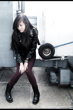 black jacket - Forever 21 leggings - accessories - doc martens boots - shirt
