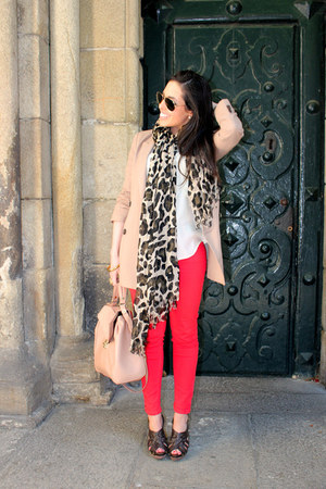 Primark scarf - Zara jeans - bdba blazer - Zara bag - Zara blouse