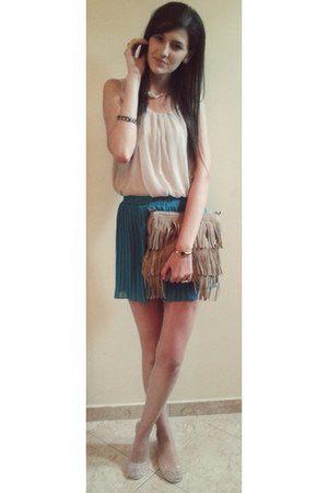 beige Lilly Doll blouse - tan no name bag - turquoise blue Atmosphere skirt
