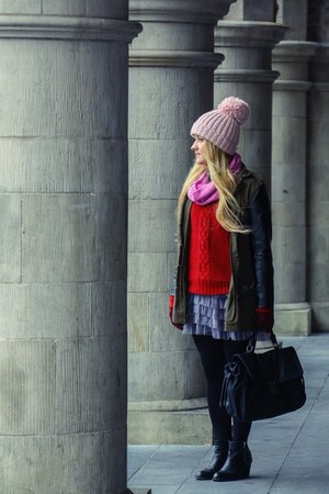 periwinkle tutu unknown skirt - black Topshop boots - light pink knitted F&F hat