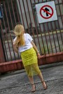 White-graphic-tee-hicustomnet-t-shirt-yellow-lace-zara-skirt