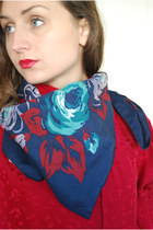 Navy-unbranded-scarf