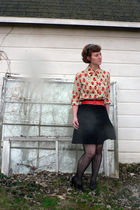 beige ladybug vintage blouse - black Madden Girl shoes