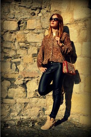 Matalan bag - Primark blouse - H&M pants - Deichmann sneakers