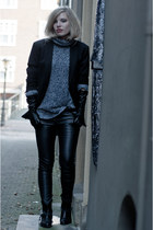 black python cowboy Sacha boots - navy H&M sweater - black WE men blazer