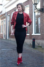 Black-h-m-dress-crimson-vintage-jacket-ruby-red-isabel-marant-sneakers