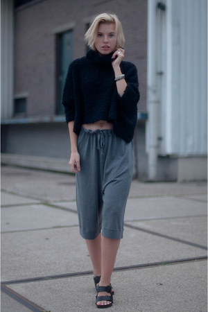 black Birkenstock sandals - black Zara sweater - heather gray acne shorts