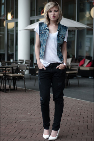 black Issue 13 jeans - blue the Sting jacket - white Hema t-shirt