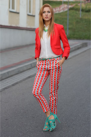 red hm blazer - ivory Bershka shirt - green Zara heels - red Zara panties