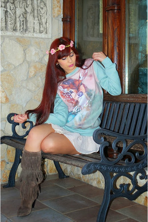 sky blue Choies sweater - pink Choies hair accessory
