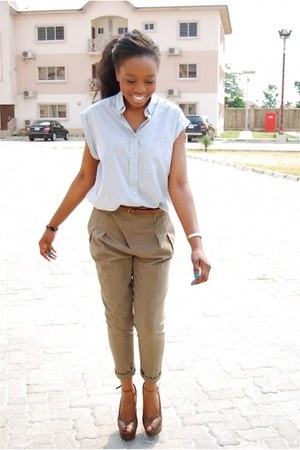 periwinkle shirt - light brown pants - brown wedges