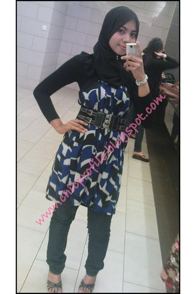 Forever 21 dress - MNG jeans - NeonReiko belt